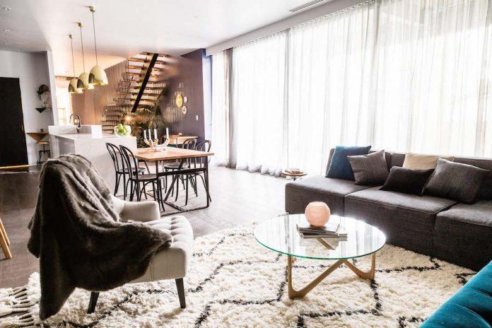 Michael and Carlene's living room