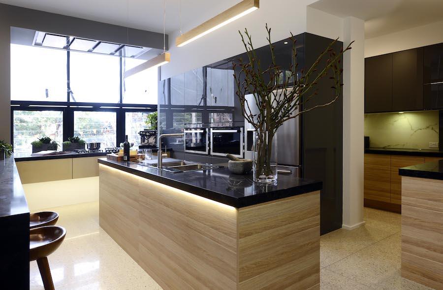 Simon and Shannon kitchen 3