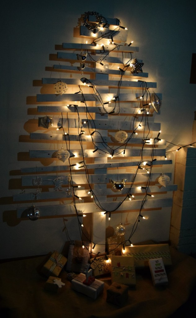 DIY Christmas tree with lights