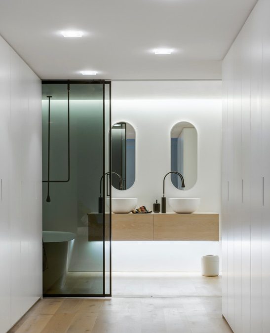 Bathroom by MINOSA via Houzz