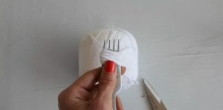Mini pom pom tutorial step 1