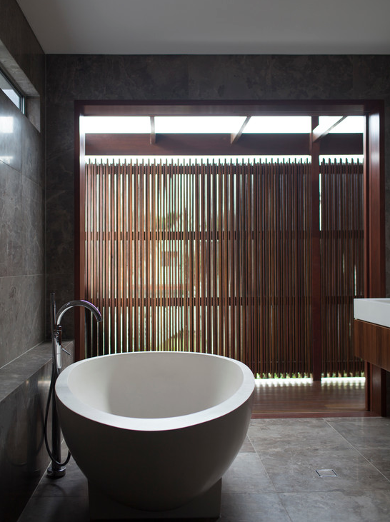 Bathroom by Apaiser via Houzz