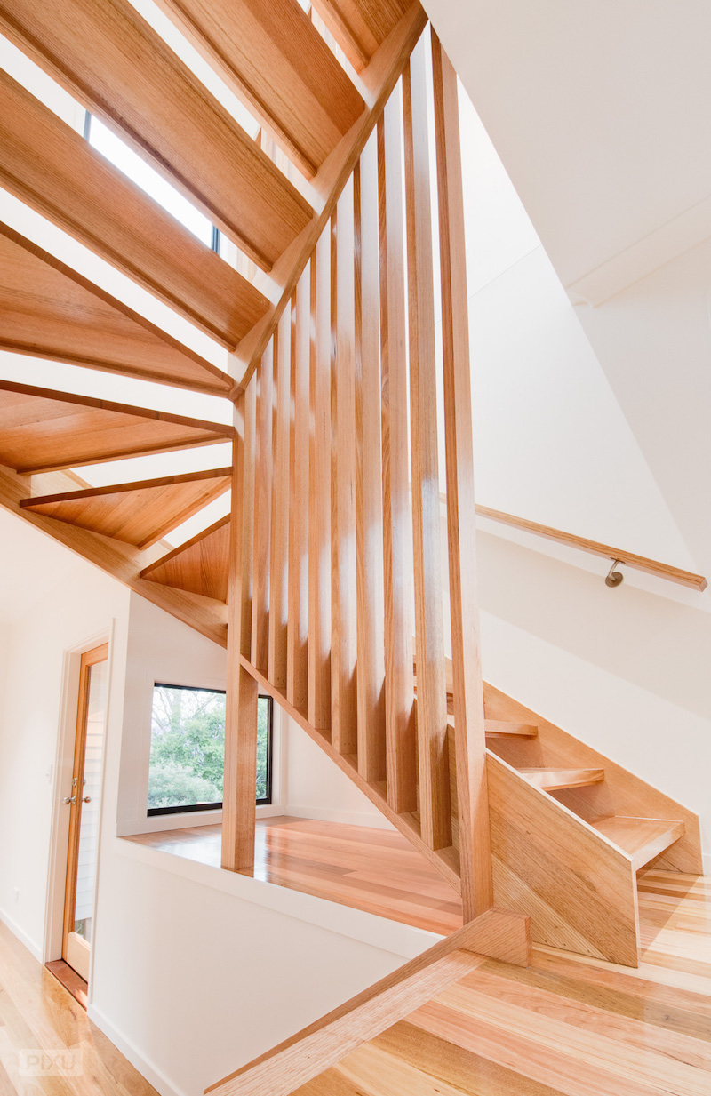 Open staircase First time home builders