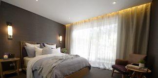 Darren and Dea bedroom