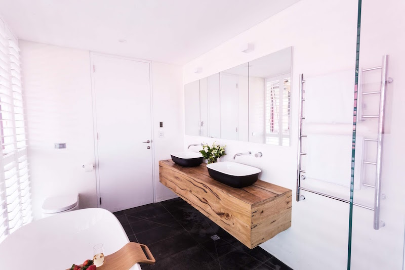Josh and Charlotte toilet ensuite room reveals