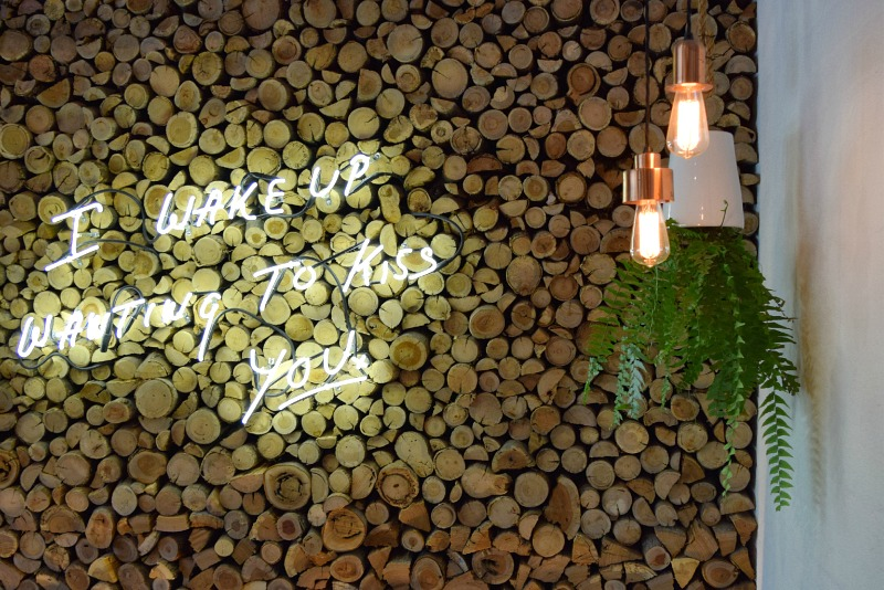 5 Ideas to Steal from Restaurant Interiors