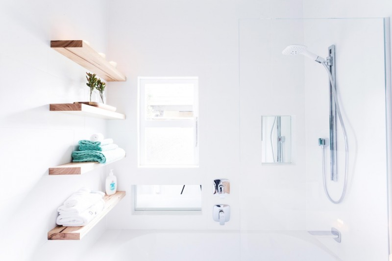 Shower with timber shelves