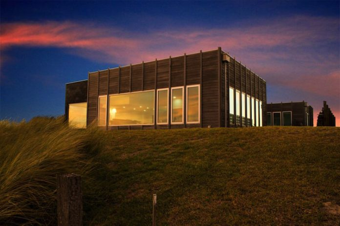 Design by Nature's 'Coastal Exposure' project recognised as Building Design of the Year