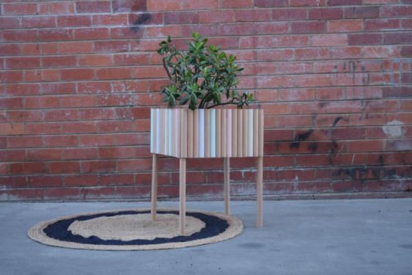 DIY dowel planter box tutorial