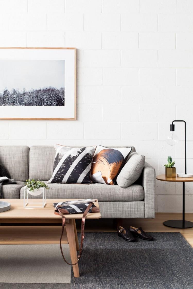 Metallic cushion