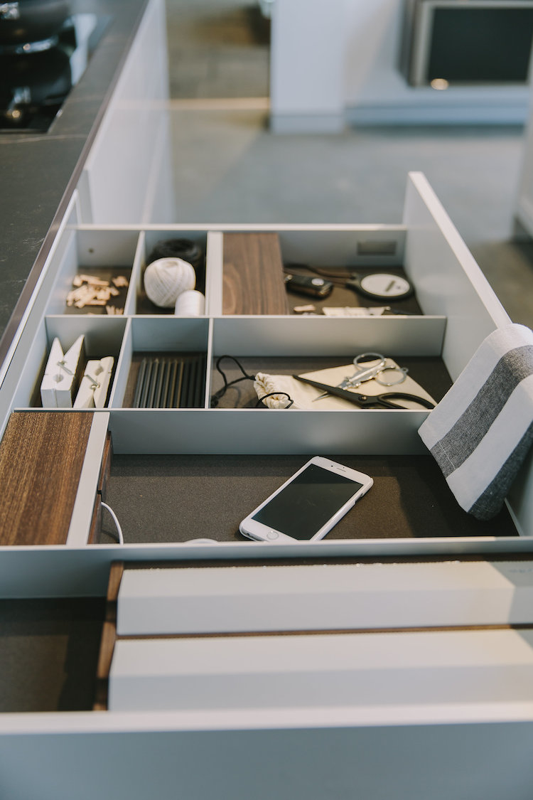 Classic drawer