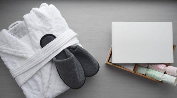 Bathrobe and slippers