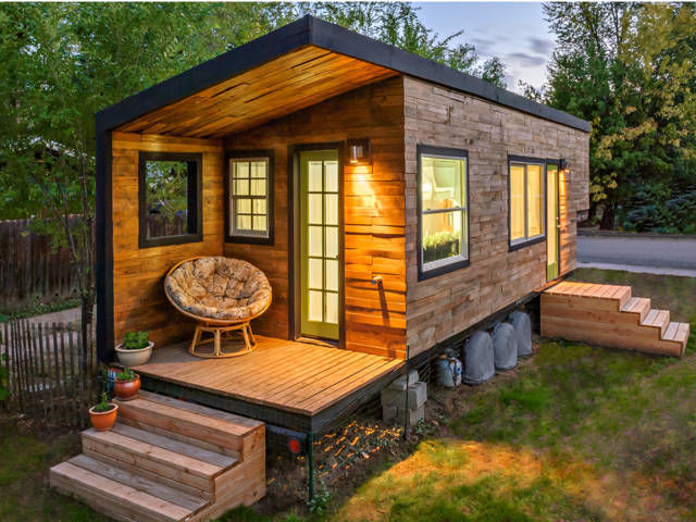 Pallet tiny house