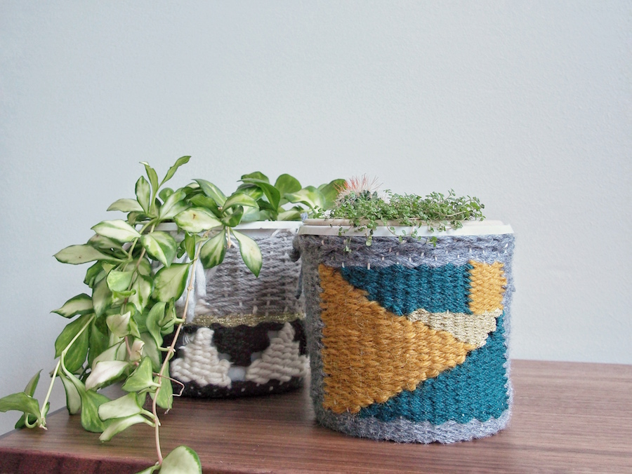 Finished planter woven planter cosy tutorial