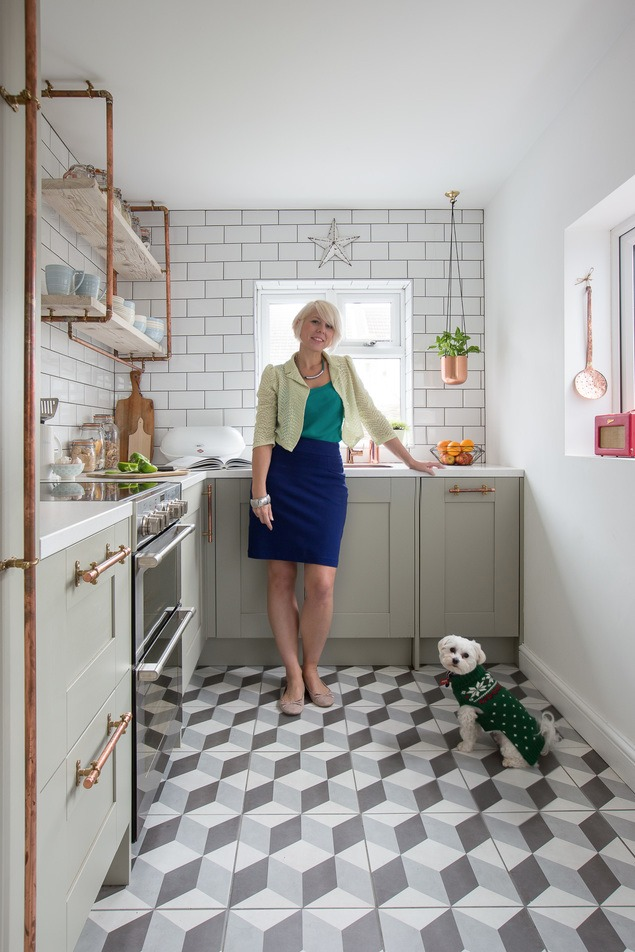Kitchen remodel: Check out Maxine's before and after kitchen transformation