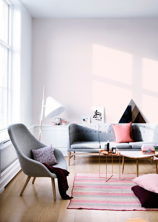 Pink and mauve living room
