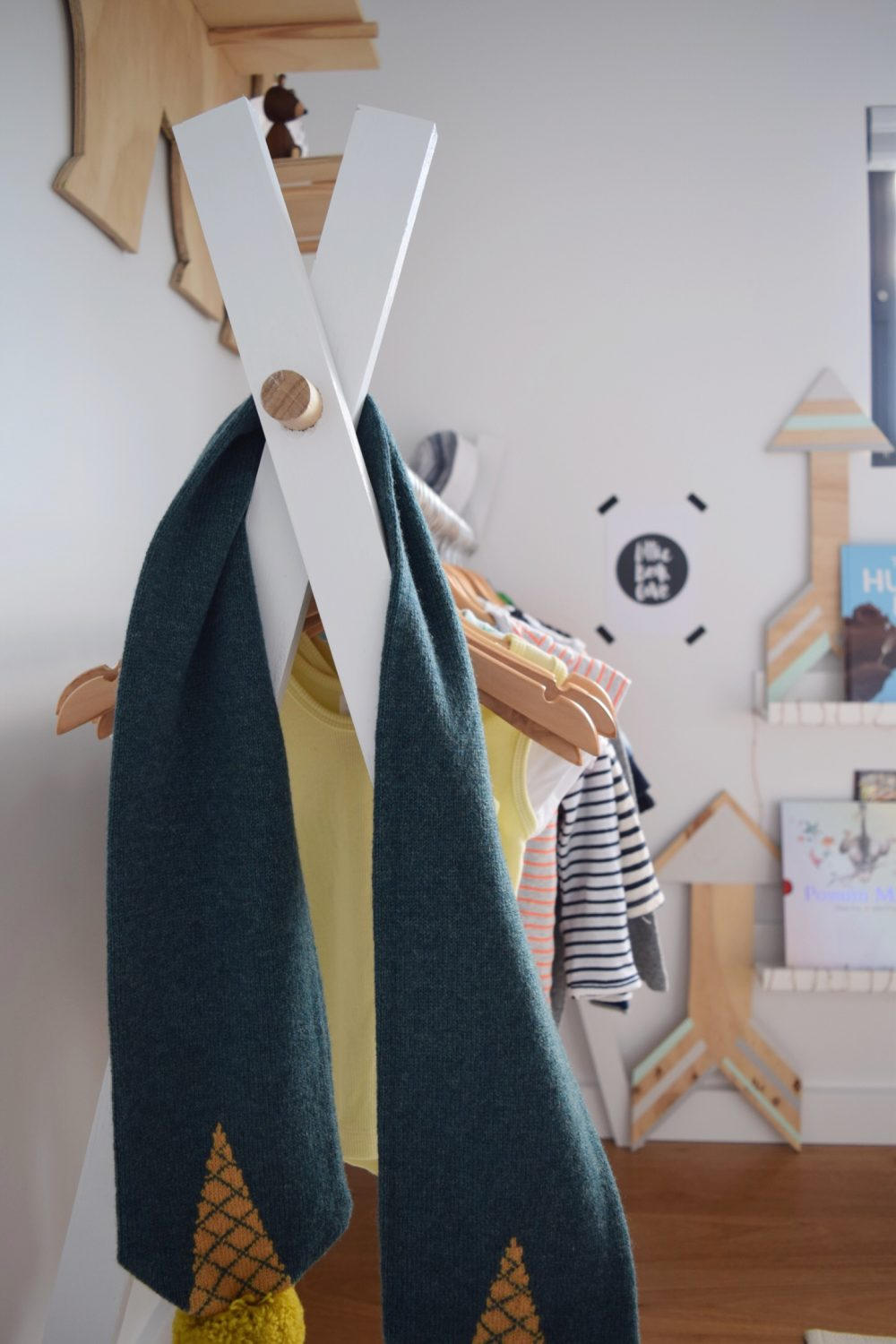 Teepee clothing rack