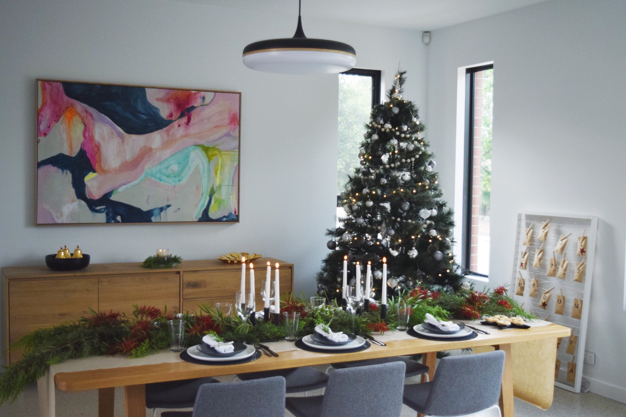 Black and white Christmas styling with Australian twist