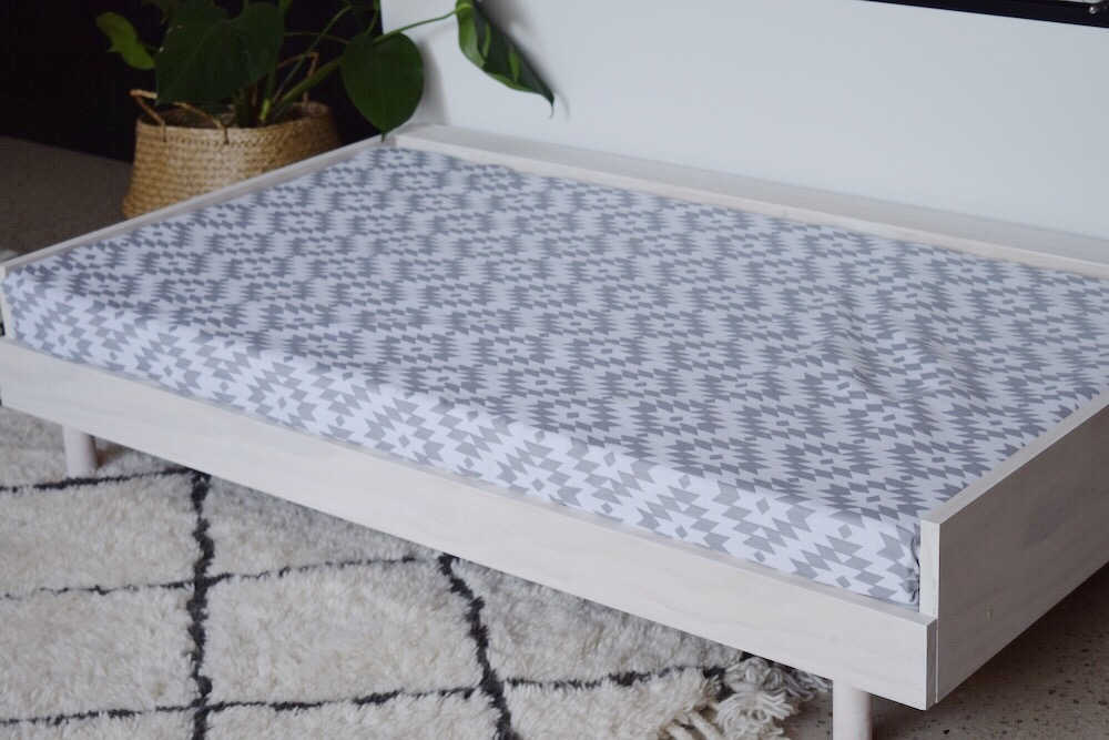 DIY Scandinavian style large dog bed