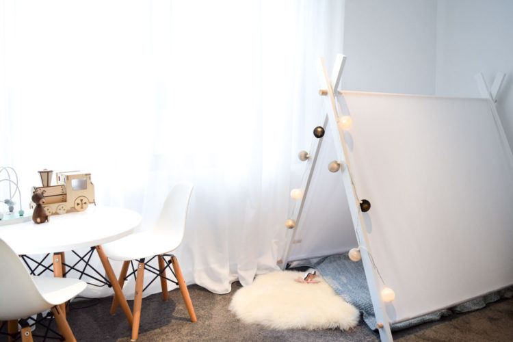 DIY play tent: Make this on-trend tent for your child