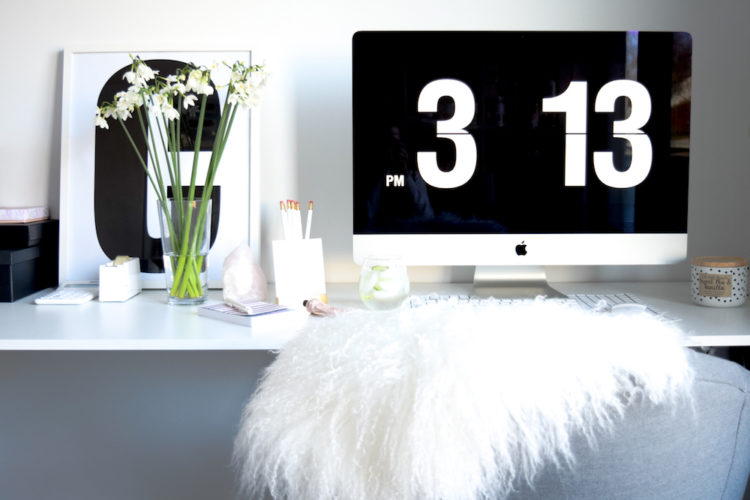 How to declutter your workspace… and boost productivity!