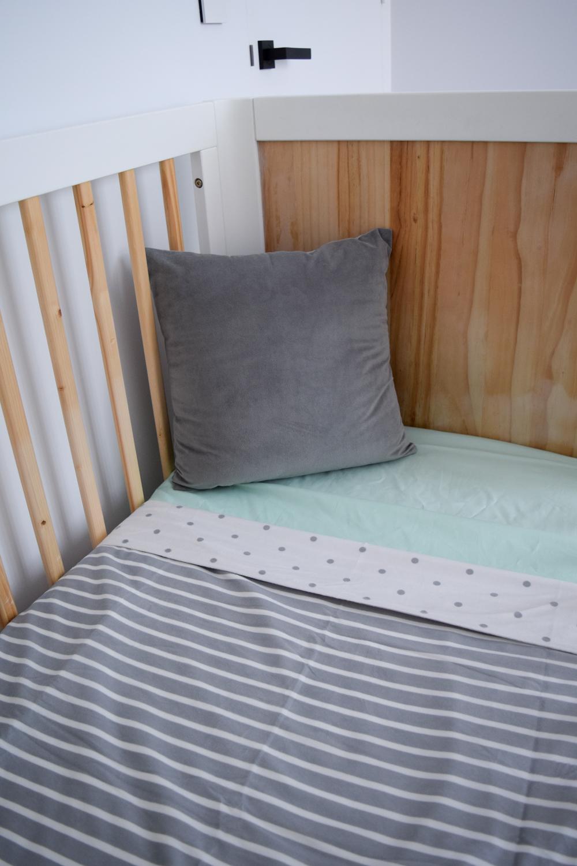 Fold baby blanket