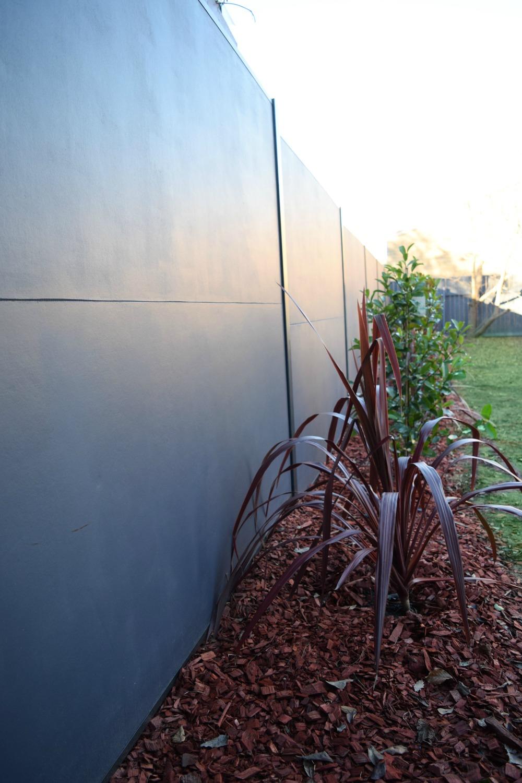 SlimWall fence