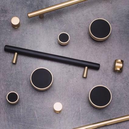 Kethy metal handles