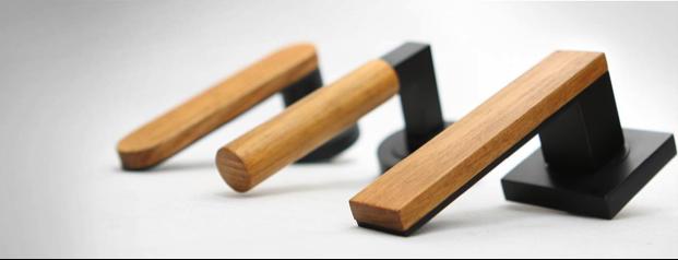 Monte black handles