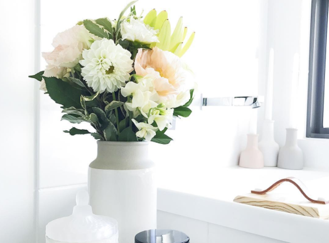 Half way through our Spring styling with flowers #stylecuratorchallenge