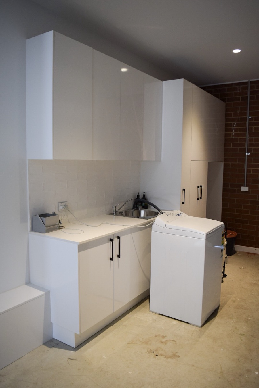 Laundry cabinetry