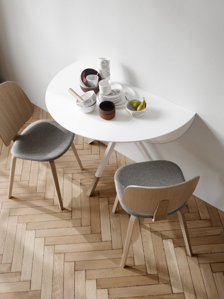 Billund designer dining table