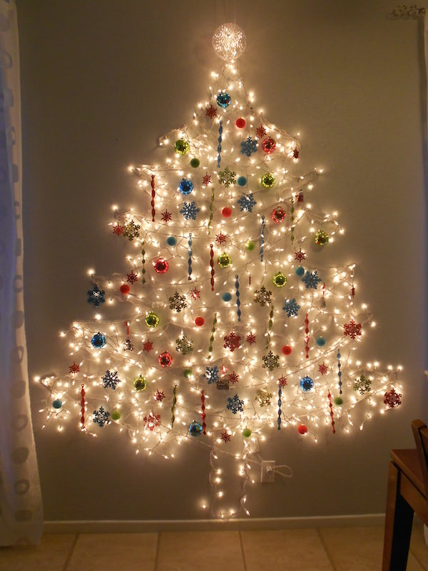 String Light Christmas Tree