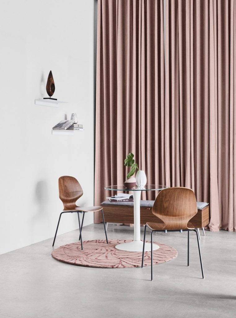 New York designer dining table from BoConcept