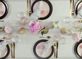Modern Christmas table setting