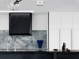 Black rangehood