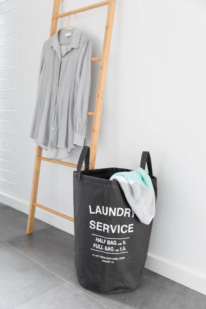 Laundry basket and ladder