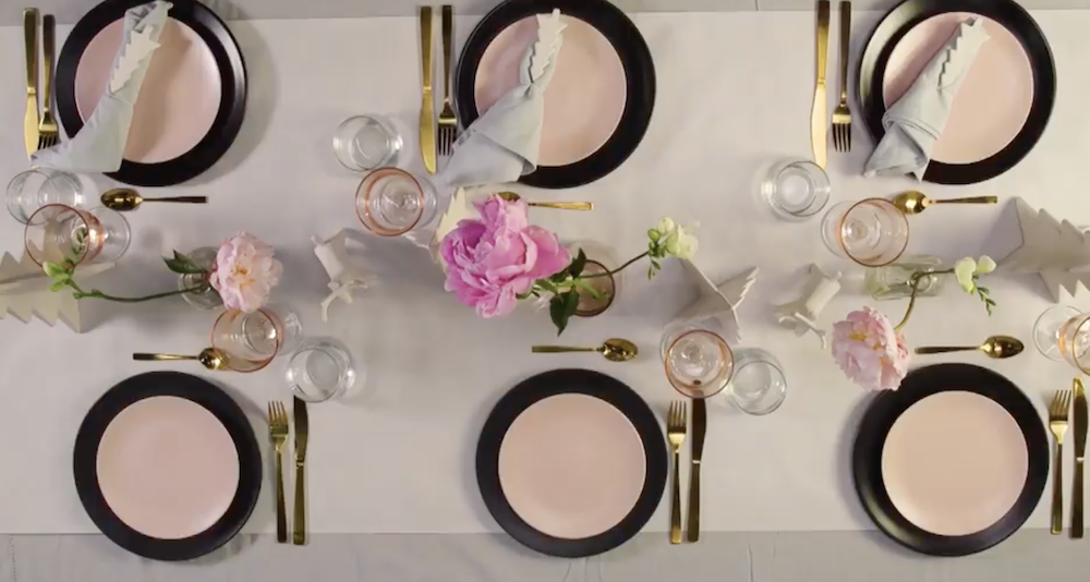 Pastel table setting Christmas table settings to inspire you