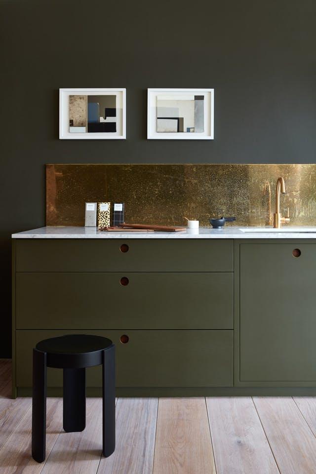 Brass Splashback Kitchen cabinets other than white