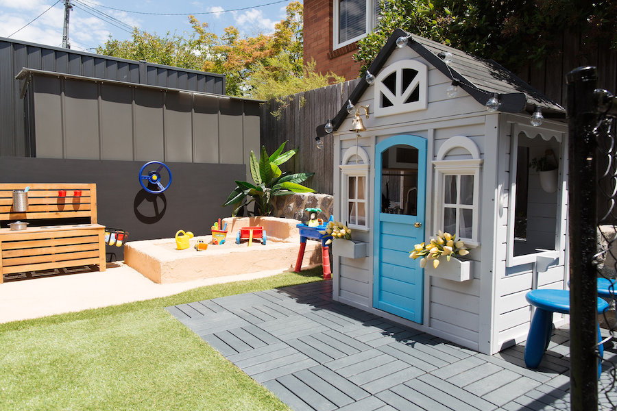 Full outdoor play area