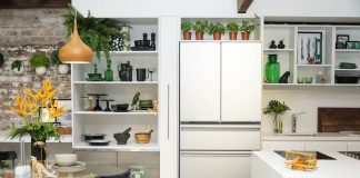 In situ Mitsubishi fridge