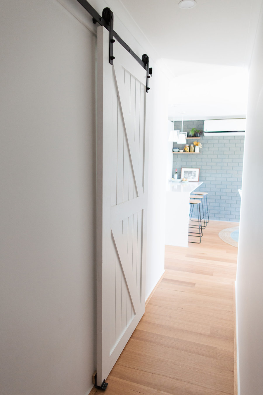 How To Install A Barn Door 10 Easy Steps To Install Your Own Barn Door