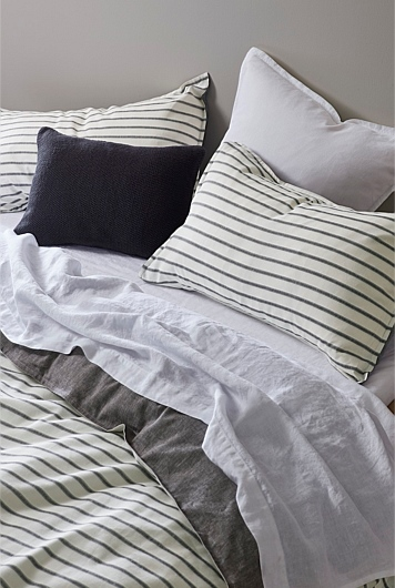 Country road stripe bedding