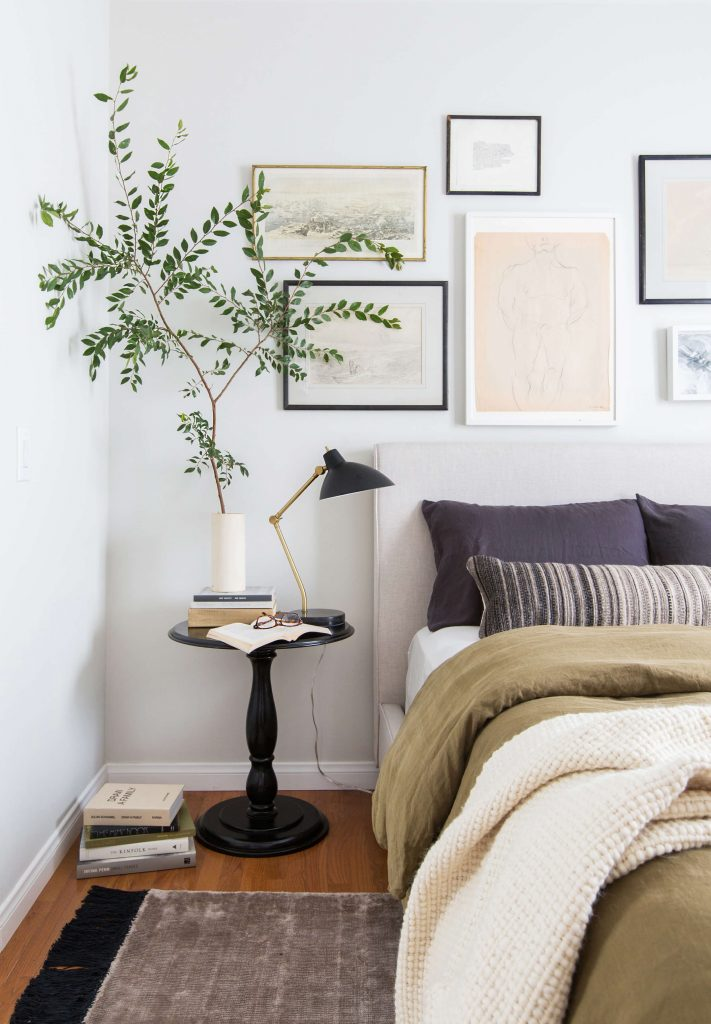 Styling Above A Bed Ideas To Decorate The Space Above Your Bed