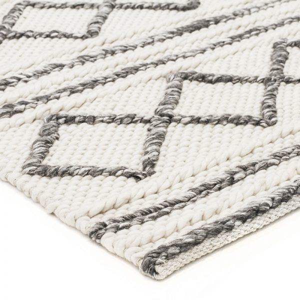 Textured white and grey rug
