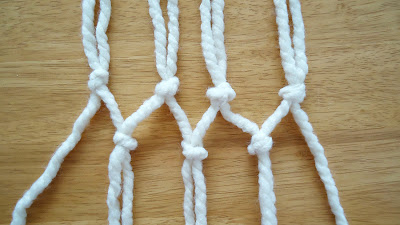Knotting the rope