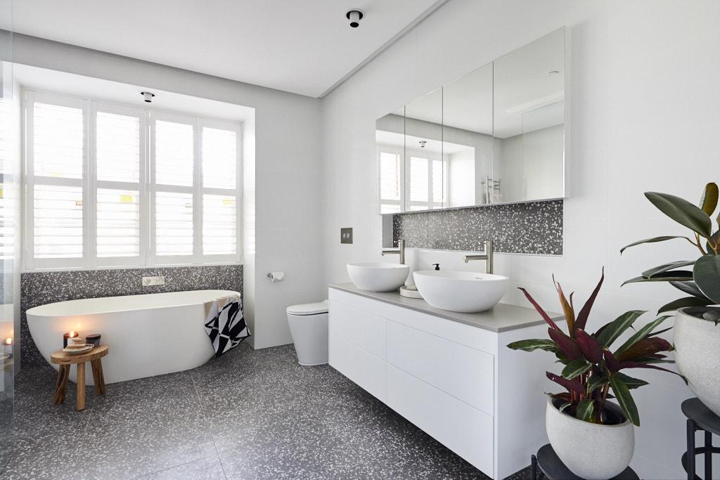 Double basin vanity