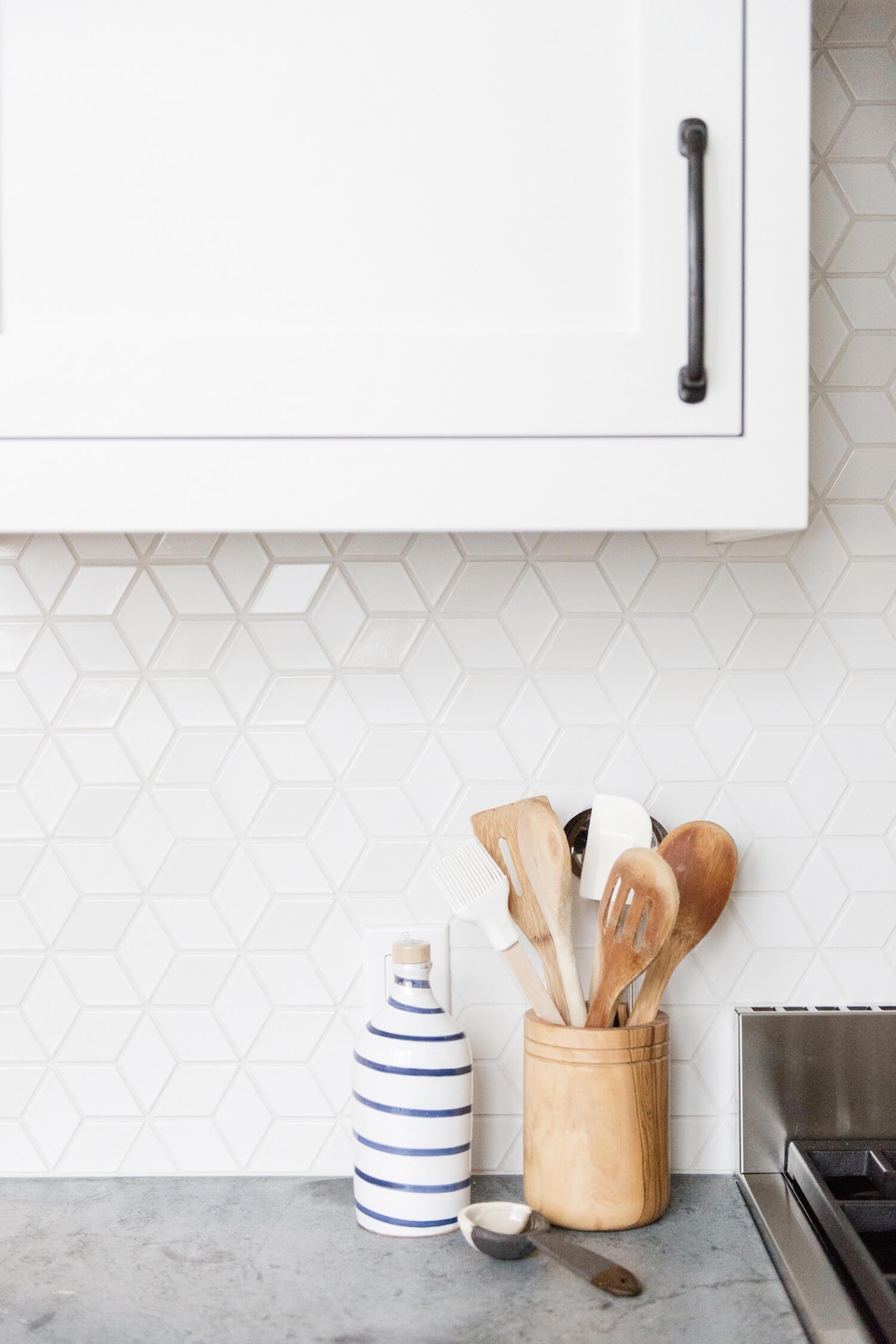 Geometric kitchen splashback