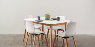 Malmo Living dining setting