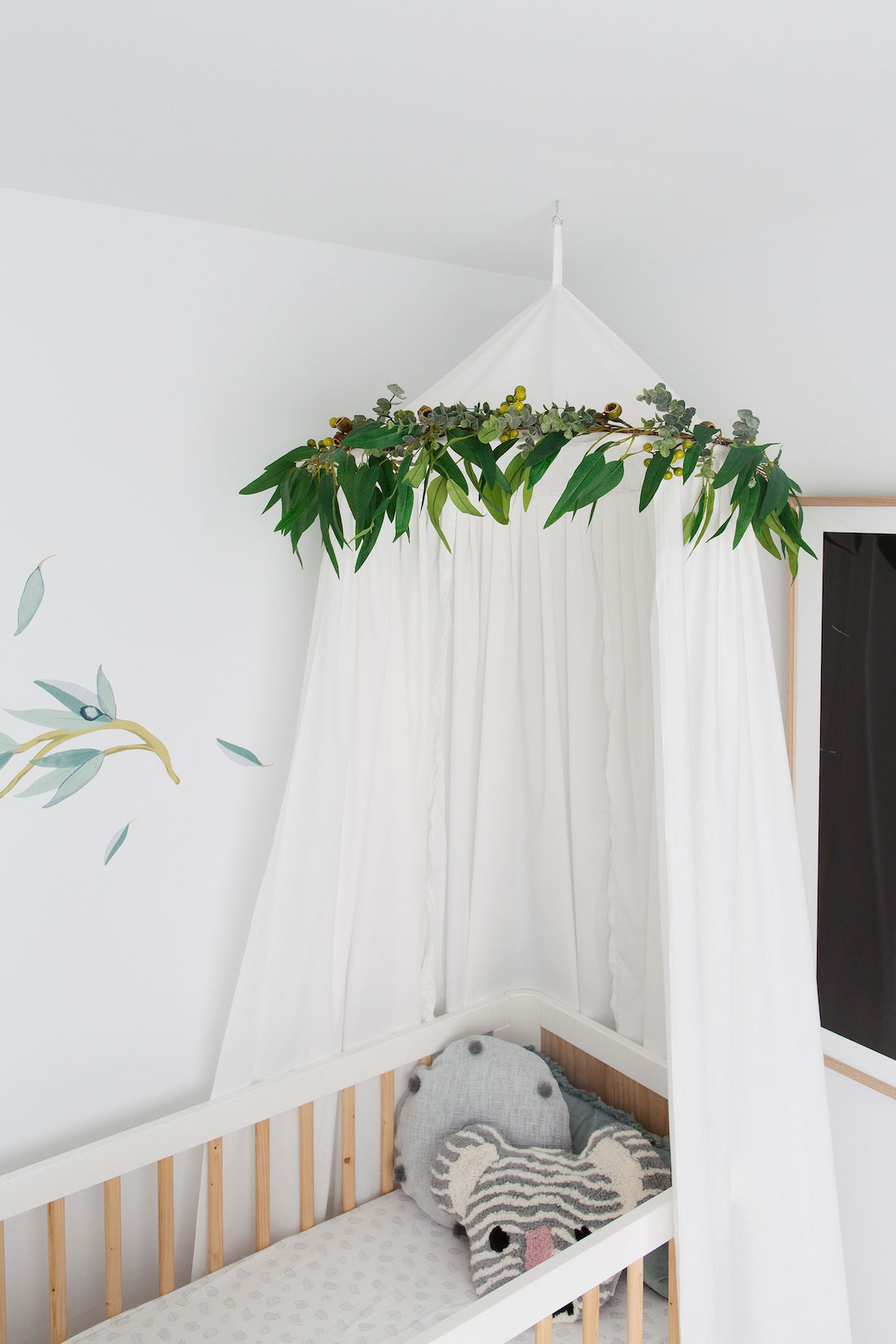 Easy cot canopy tutorial